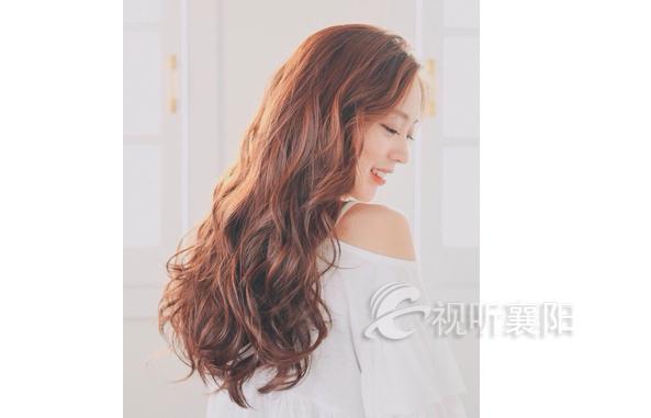 凤凰发型彩带编发